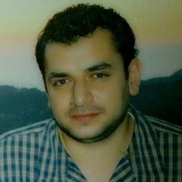 Tayseer, 39, Dubai, United Arab Emirates