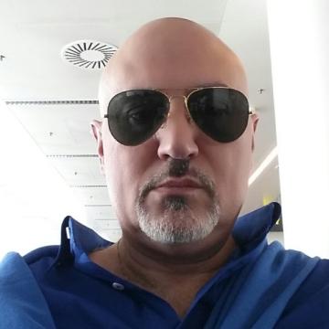 Aleksan Chatjatrjan, 42, Aalst, Belgium