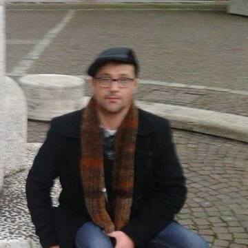 enrico, 48, Verona, Italy