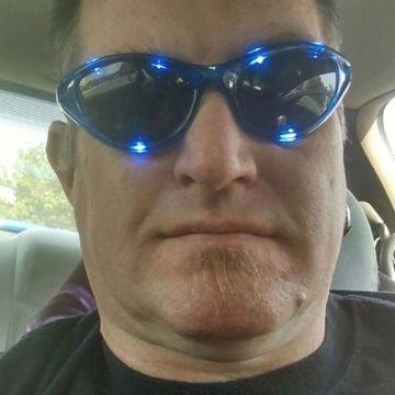 travis, 45, Lehi, United States
