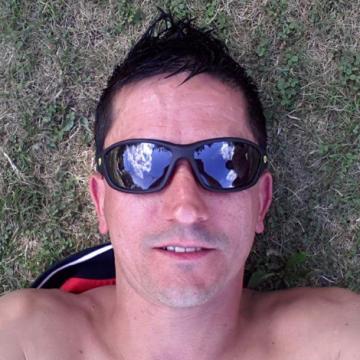 Ricardo, 40, Mountain View, United States