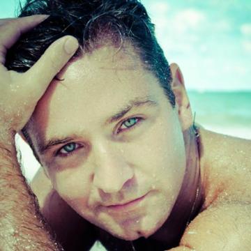 Mauro Nery Tolotti, 30, Rosario, Argentina