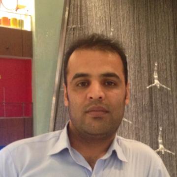 Noori, 35, Dubai, United Arab Emirates