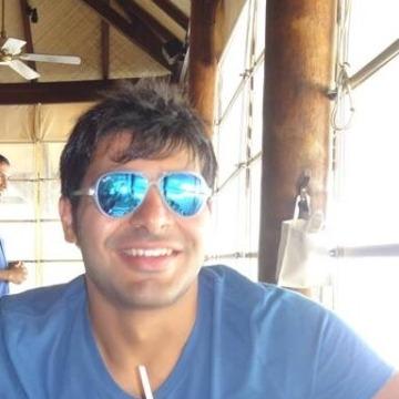 Mohamed, 27, Dubai, United Arab Emirates