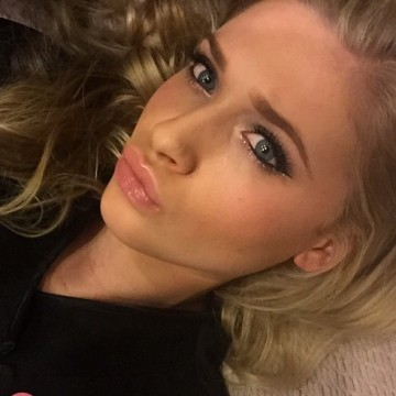 Abbie, 22, Cheshunt, United Kingdom