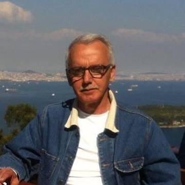 Selahattin Özbay, 60, Istanbul, Turkey