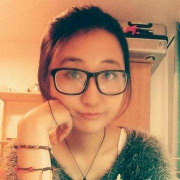 Sherry Li, 25, Edinburgh, United Kingdom
