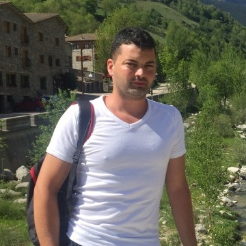 Carlos Braña Gea, 35, Barcelona, Spain