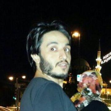 Srkn Krt, 31, Istanbul, Turkey