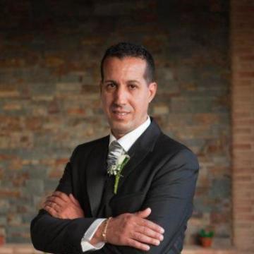 Ahmed, 49, Valencia, Spain