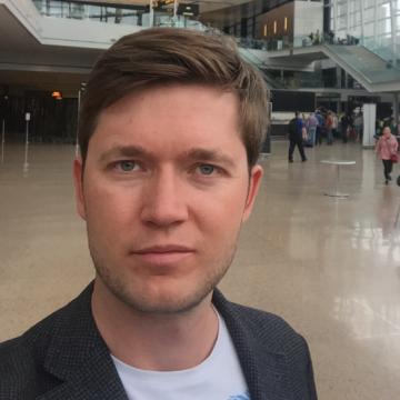 Arkadiy Shchapov, 37, Bellevue, United States