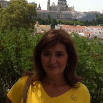 Beatriz, 60, Zaragoza, Spain