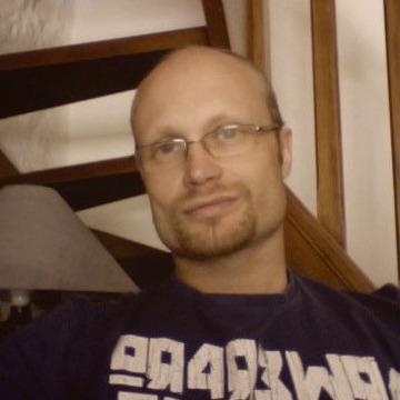 Andy Padgett, 48, Perpignan, France