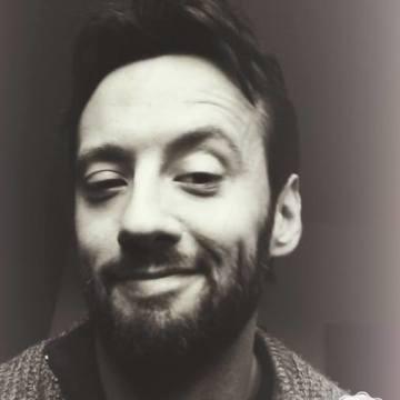 Simon Monte, 30, La Spezia, Italy