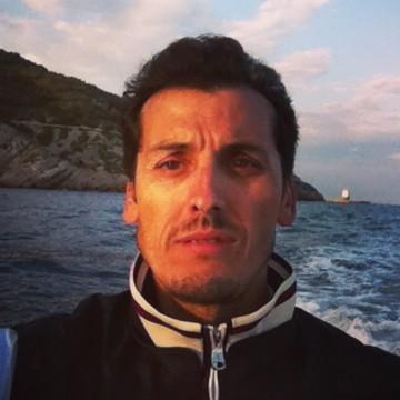 gil, 41, Sitges, Spain