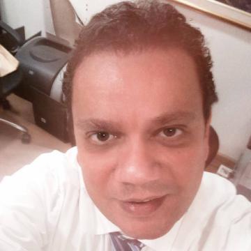 Seni, 50, Dubai, United Arab Emirates
