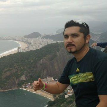 Andrés Méndez, 32, Santiago, Chile