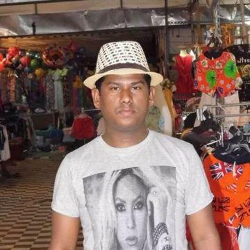 Sumon, 31, Doha, Qatar