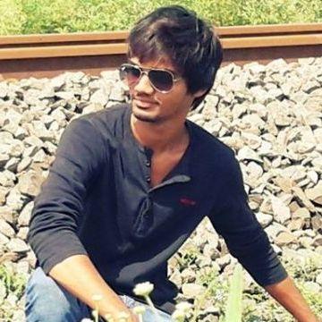 Rangpara Vivek, 22, Gujrat, India