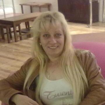 Suzi, 52, London, United Kingdom