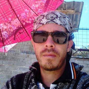 Hugo Cameras Myers, 37, Tuxtla Gutierrez, Mexico