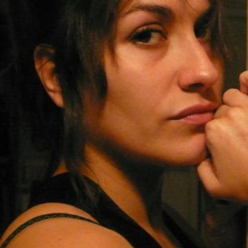 Mar Suárez, 34, Valencia, Spain