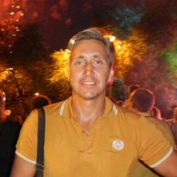 Максим, 36, Belgorod, Russia