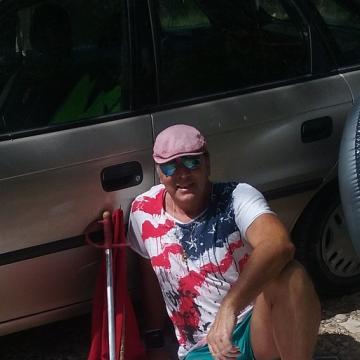 Gustavo Escudero, 56, Albacete, Spain