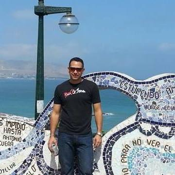 Alejandro Villegas, 40, Cali, Colombia