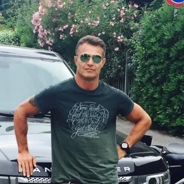Riccardo, 45, Milano, Italy