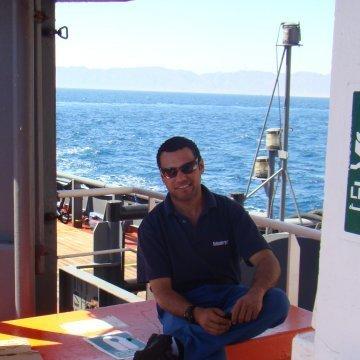 Youssef, 38, Dubai, United Arab Emirates