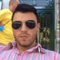 Gonzalo, 30, Madrid, Spain