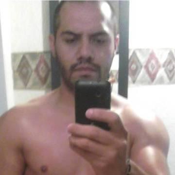 Michel Guzman, 31, Cuautitlan Izcalli, Mexico