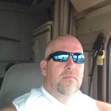 Scott, 51, Secaucus, United States