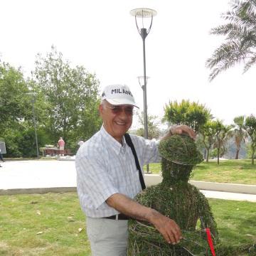 Dursun Öner, 69, Antalya, Turkey
