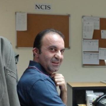 Hadi, 52, Sharjah, United Arab Emirates