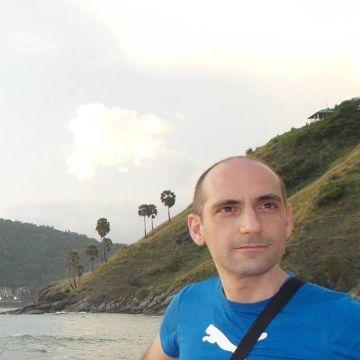 Marco Gilberti, 40, Brescia, Italy