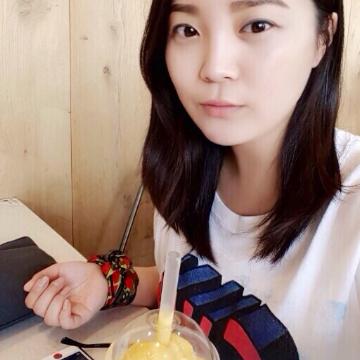 Adela, 30, Anyang, South Korea