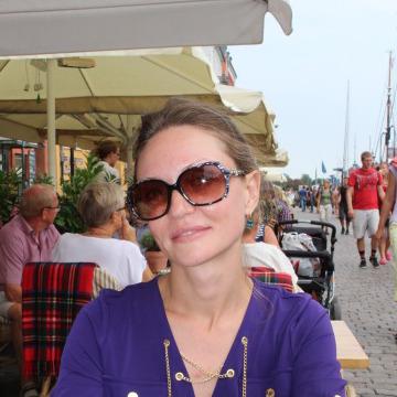Арина, 35, Moscow, Russia