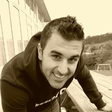 Javier Corrales Fernández, 36, Aviles, Spain