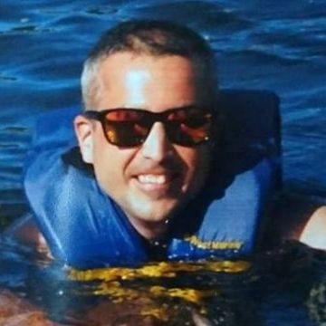 Victor Cano, 37, Reus, Spain