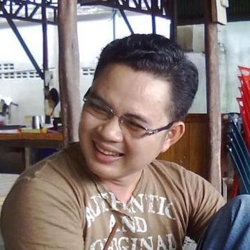 Peter Roam, 42, Bangkok Noi, Thailand