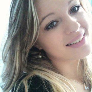 daniella, 29, Amiens, France