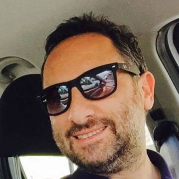 Hakan Yaralı, 40, Istanbul, Turkey