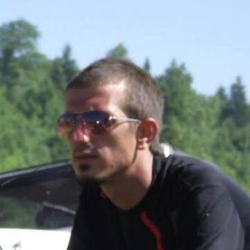 Ferhat Bayrak, 28, Kocaeli, Turkey