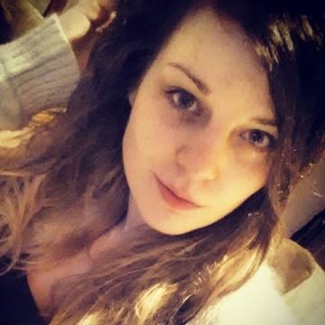 Helen, 25, Leeds, United Kingdom