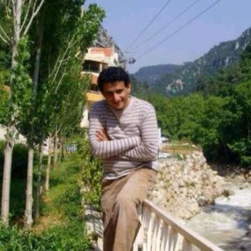 Tareq, 43, Bishah, Saudi Arabia