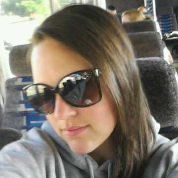 Kate Leona, 36, Gaithersburg, United States