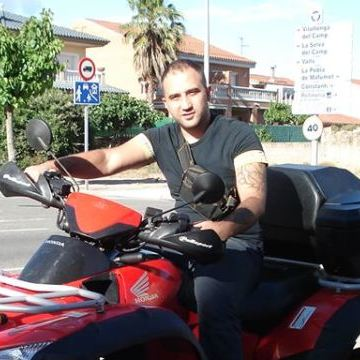 Narcis Stefan, 32, Tarragona, Spain