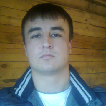 Фаррух Додобойзода, 27, Irkutsk, Russia